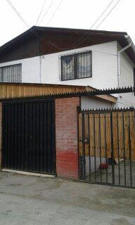 Casa en Maipu con Local Comercial